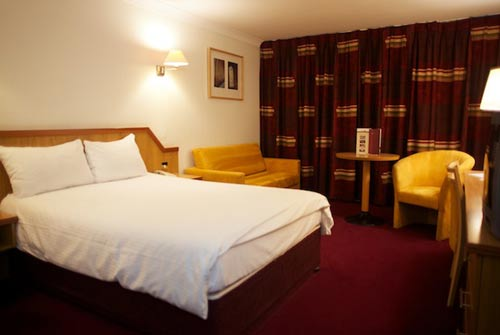 Bewleys Manchester Airport room