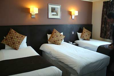 Gatwick Days Hotel Triple Room