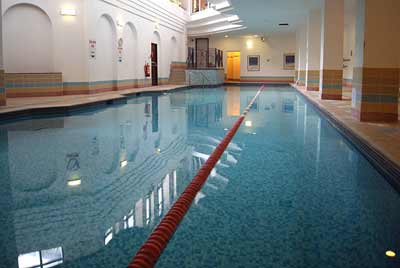 Gatwick Copthorne Effingham Swimming Pool