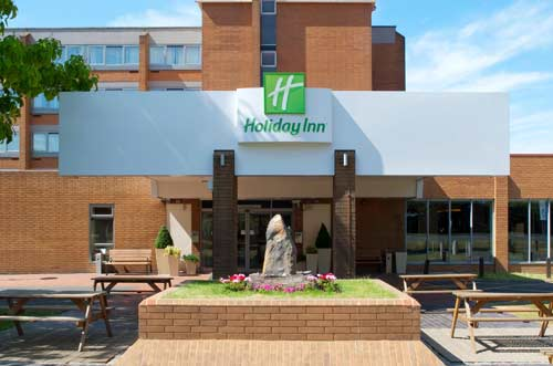 Holiday Inn Gatwick Airport exterior