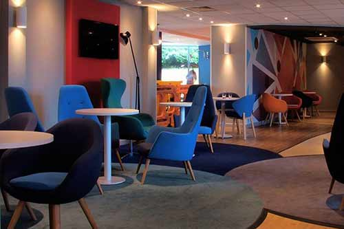 Holiday Inn Express Stansted Airport Lounge